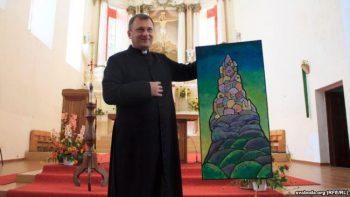 Ксёндз Сурыновіч марыць стварыць мастацкую галерэю ў Друйскім касьцёле