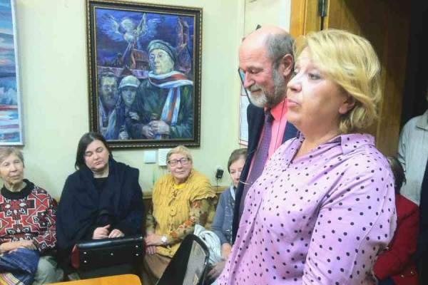 У межах падрыхтоўчых курсаў Універсітэта імя Ніла Гілевіча прайшла сустрэча з вядомай журналісткай Святланай Калінкінай