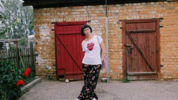 Як пісьменніца Таня Скарынкіна вярнулася з Партугаліі ў Смаргонь і выдала кнігу ў Брытаніі