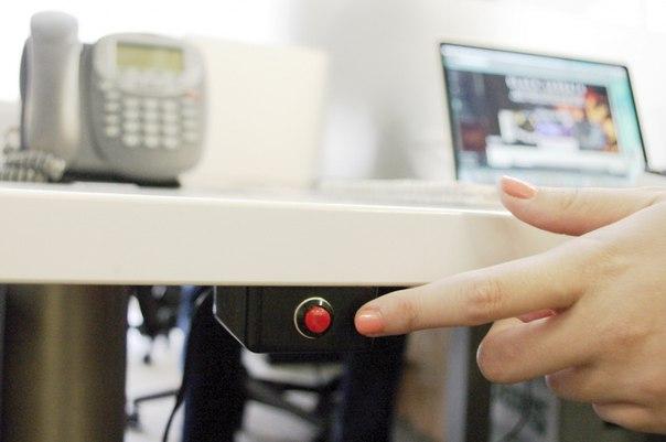 Трывожныя кнопкі з'явіліся ў навучальных установах Менска 1
