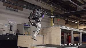 Робат Boston Dynamics навучыўся паркуру